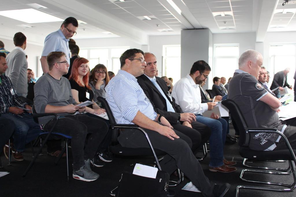 Knapp 100 Teilnehmer machten das Forum zu einem vollen Erfolg.